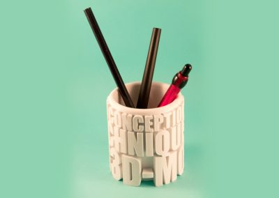 pot à crayons blanc